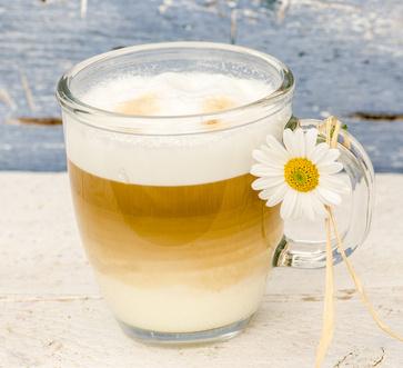 Selbstgemachter Latte Macchiato
