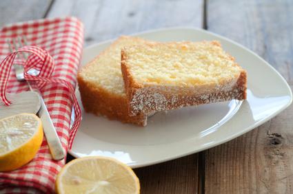 Frischer Zitronenkuchen