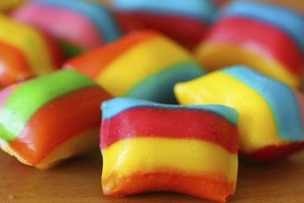 Bunte, selbstgemachte Bonbons