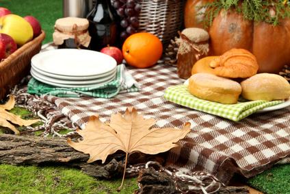Herbstlich gedeckte Tafel