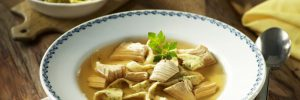 Suppen und Eintöpfe mit Geflügelfleisch