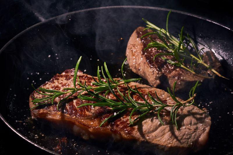 Meat-Love: Darum fällt Männern der Fleischverzicht schwerer